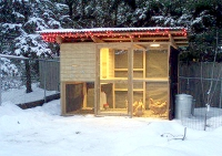 http://www.thegardencoop.com/blog/2010/11/18/winter-chicken-coop-care-p4/